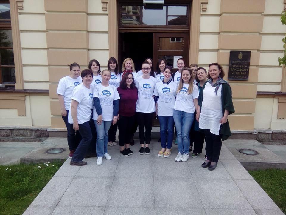 Irina Korepanova sa drugovima iz Gimnazije Takovski ustanak Foto--privatni album