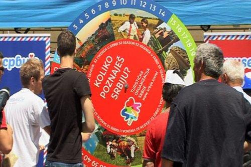 karavan-moja-srbija-turisticke-organizacije-srbije-stigao-u-nis-1497932-velika