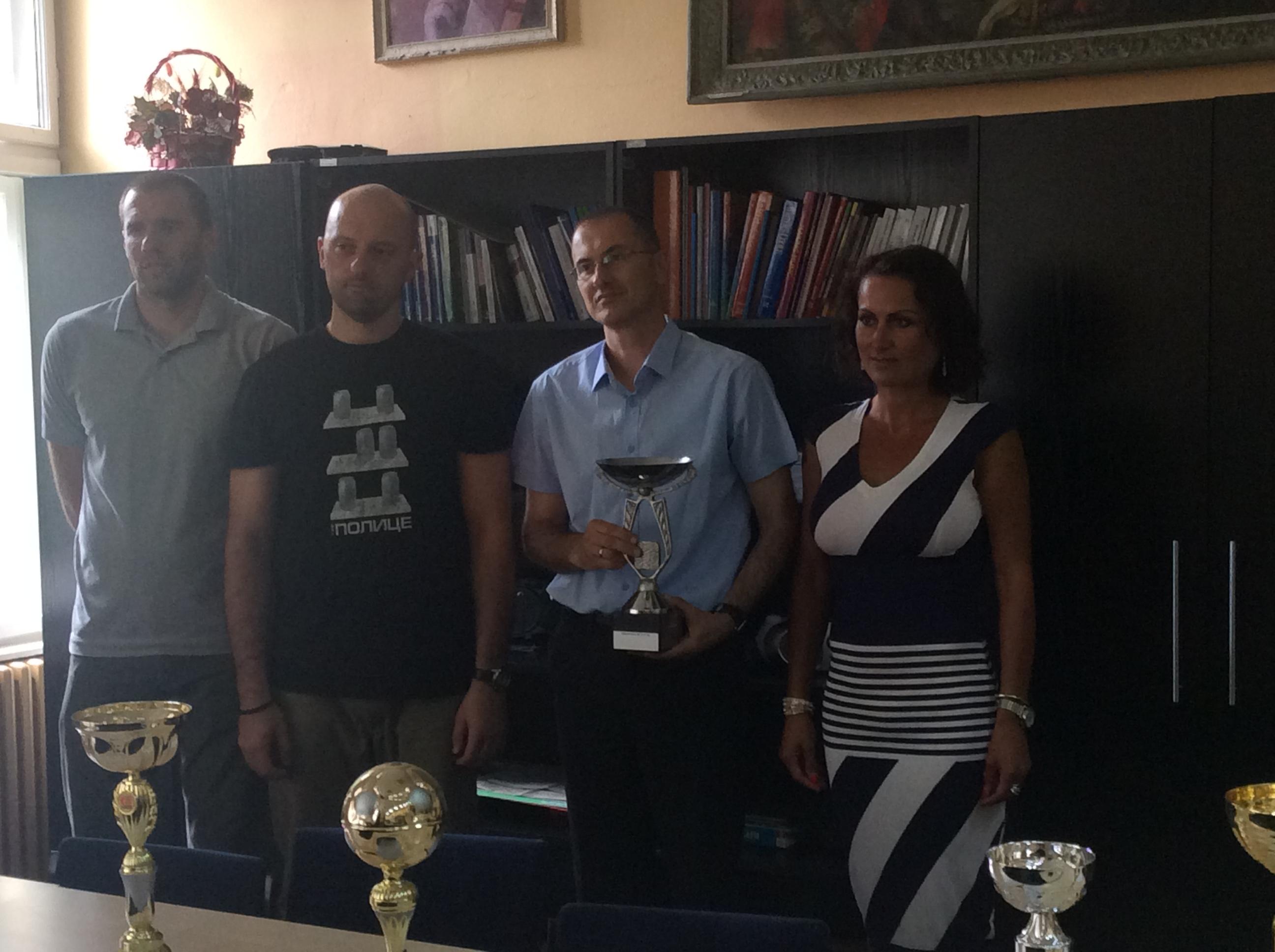 Direktor škole i profesori fizičkog vaspitanja   Foto--URP