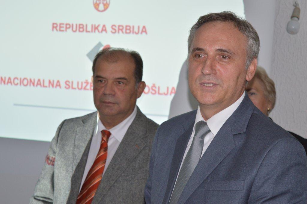 Tihomir Petković, gradonačelnik Užica i Zoran Martinović, direktor Nacionalne službe za zapošljavanje Foto--URP