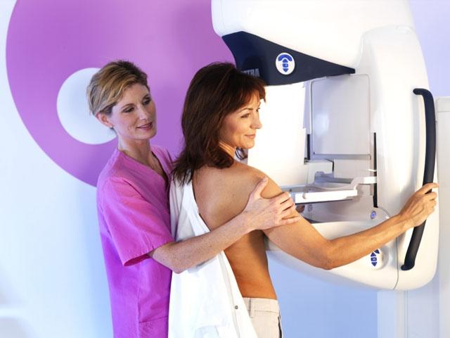 Skrining na karcinom dojke treba da obave žene od 50 do 69 godine života  Foto--skriningsrbija.rs