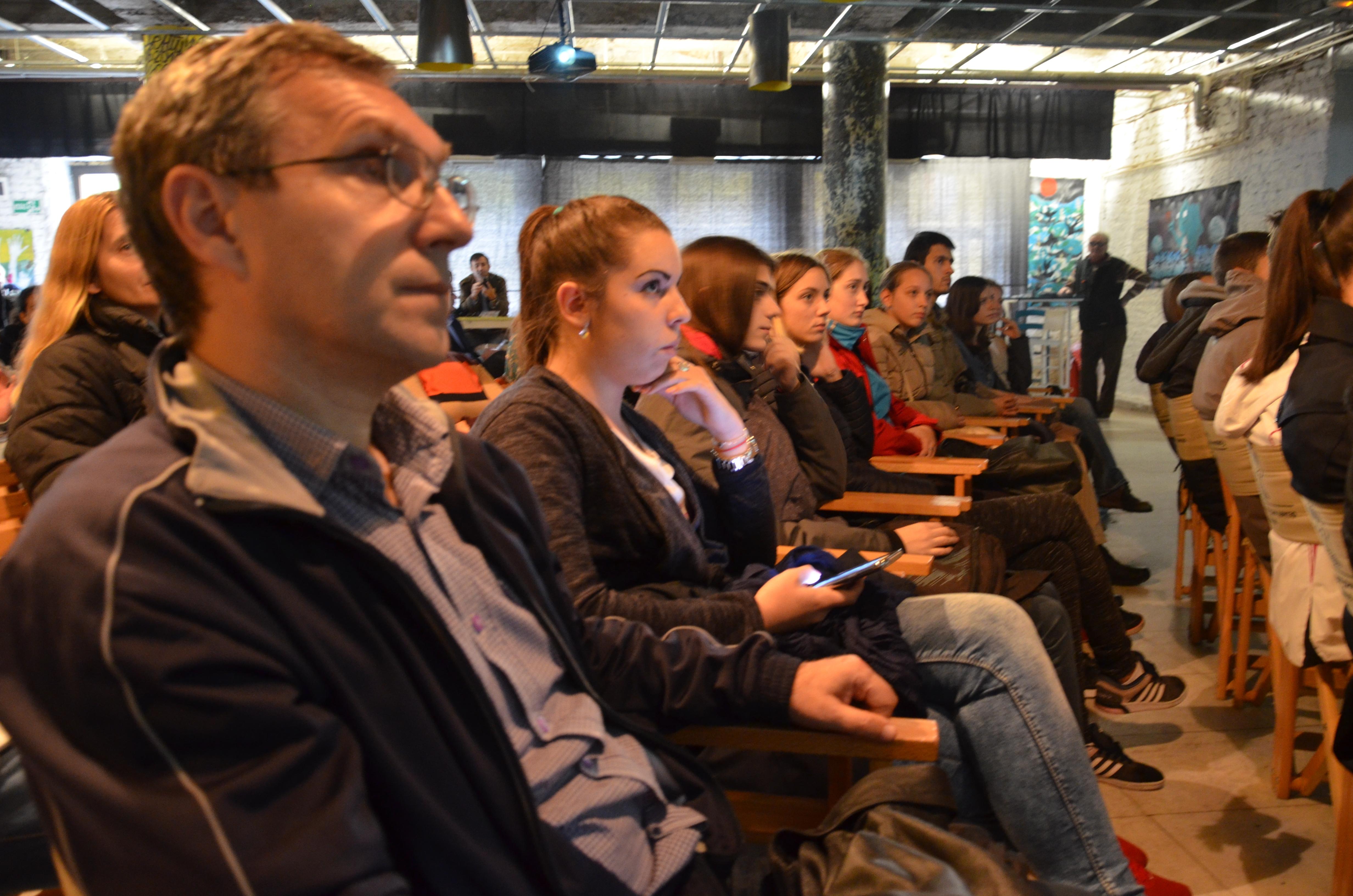 Učenici i studenti ohrabreni su podacima o deficitarnosti IT kadra u Srbiji Foto--URP