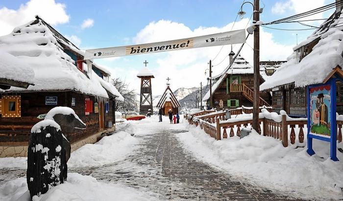 Festivalske kapije Drvengrada na Mećavniku otvaraju se u subotu, 14. januara  Foto--www. kustendorf-filmandmusicfestival.org
