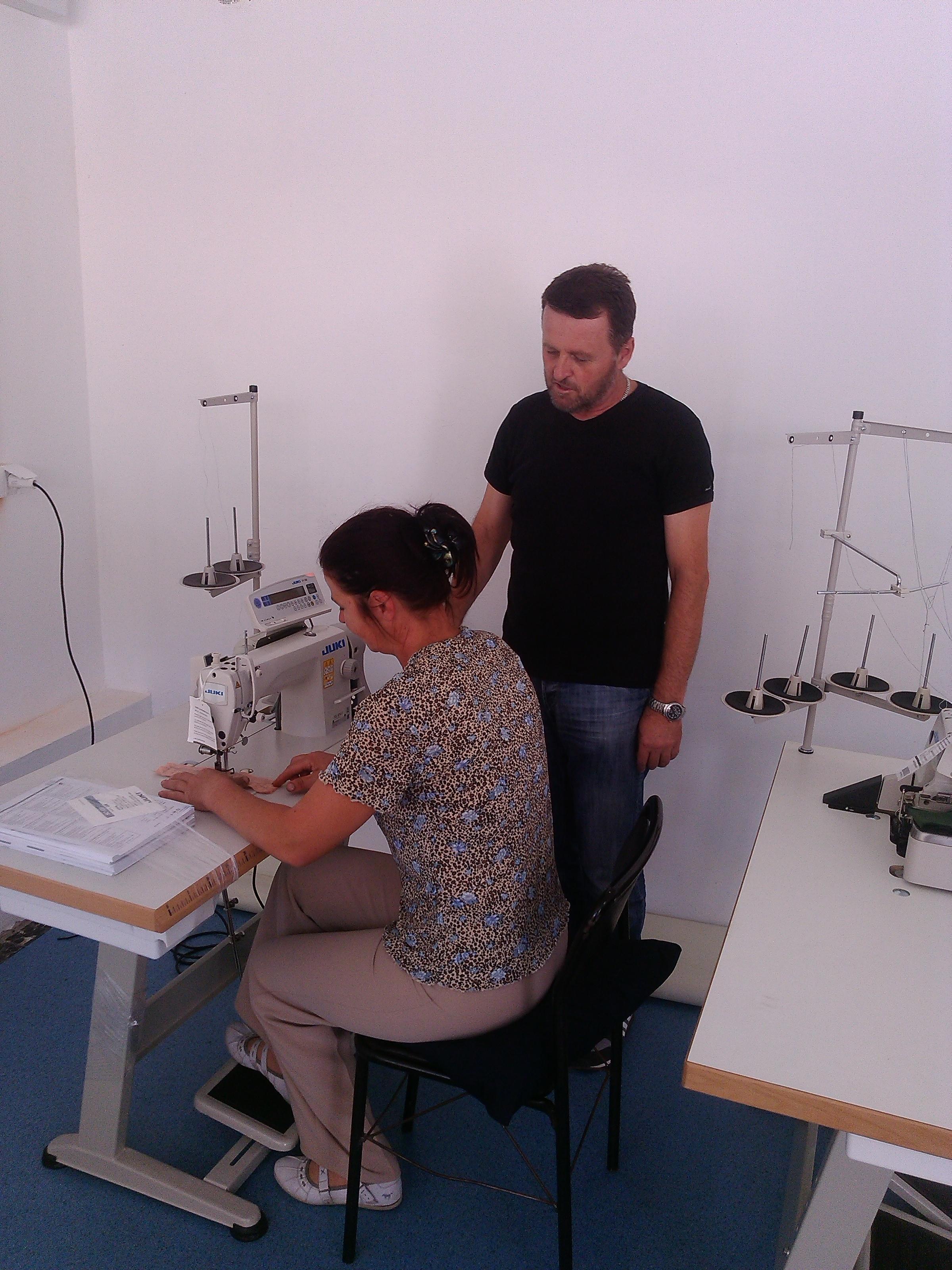 Zumbreta Bajrović sa suprugom pokrenula sopstvenu krojačku radnju Foto--D. Panić, RRA Zlatibor