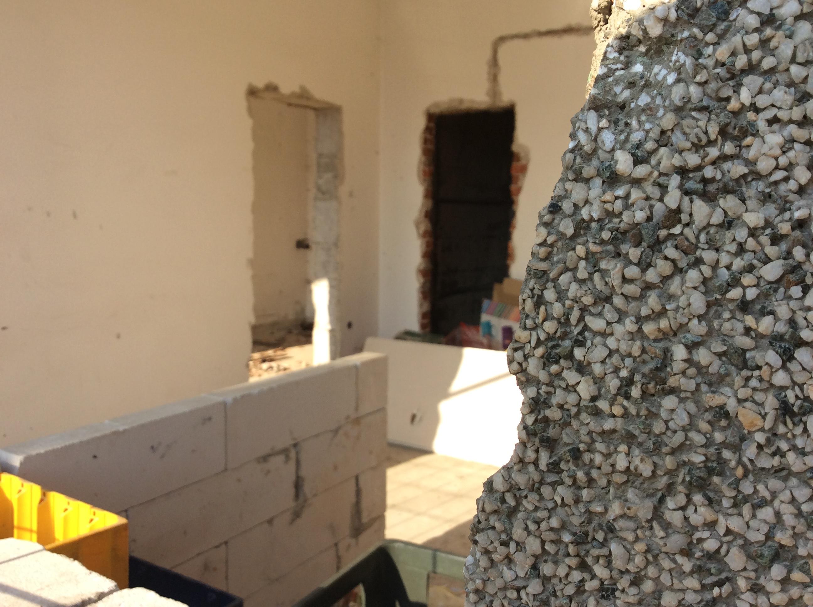 Trenutno dve ruinirane prizemne prostorije trebalo bi da se opreme po standardnima za stanovanje uz podršku Foto--URP