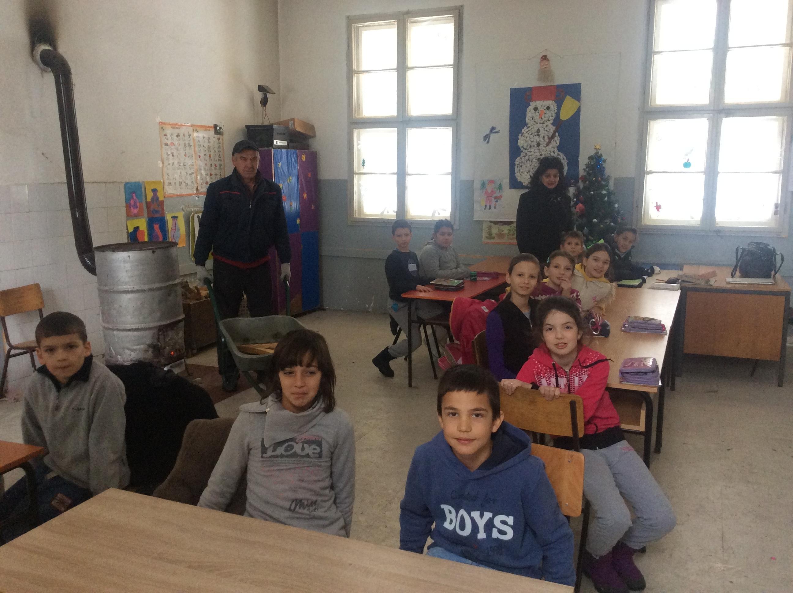 Ušuškani u najtoplijoj učionici učenici drugog, trećeg i četvrtog razreda Foto--URP