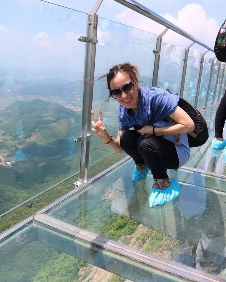 Poslovni angažman u Kini daje joj dovoljno vremena  za obilaske turističkih atraktivnosti ove zemlje  Foto--privatni album A.V.