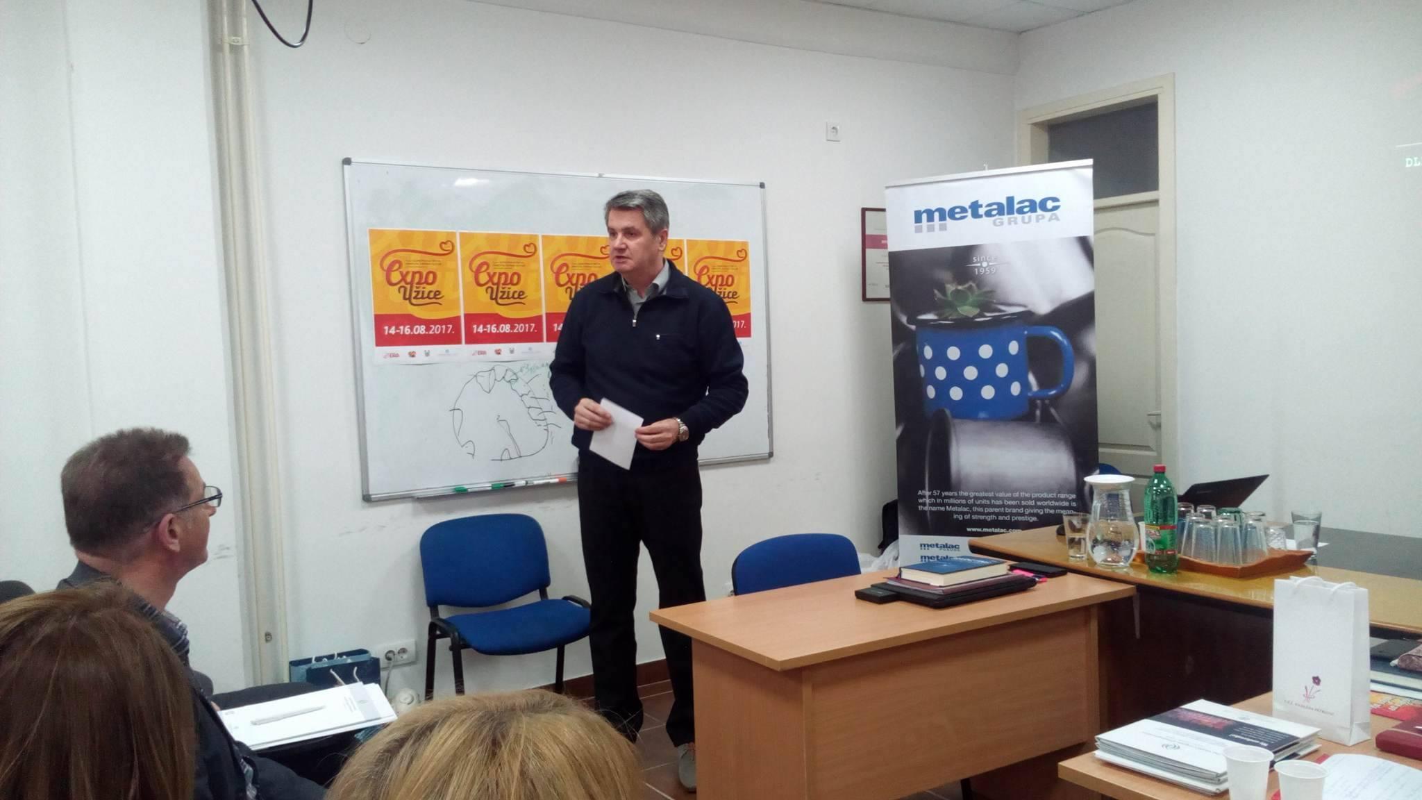 Vinko Ćuro, predsednik Upravnog odbora Međunarodnog foruma Perspektive na radionici u Užicu Foto--URP