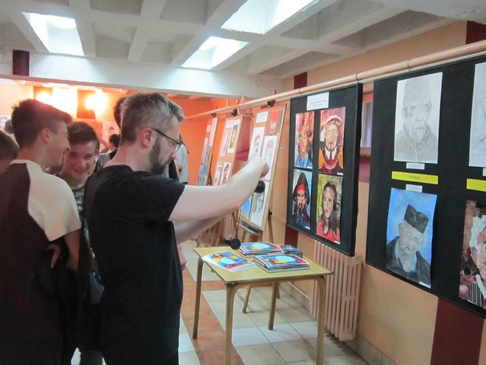 Izložba priređena povodom Noći muzeja u Umetničkoj školi u Užicu Foto--S.B.