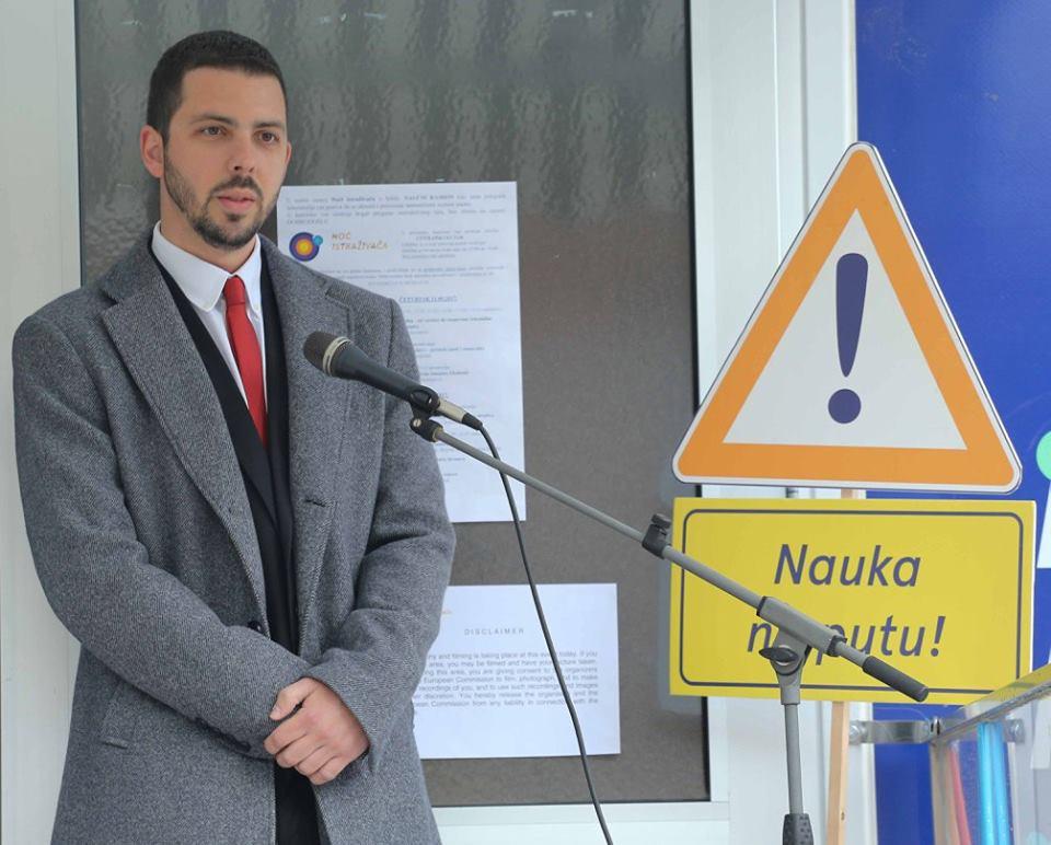 Petar Blagojević, član GRadskog veća za malde u Užicu savetuje mlade da se dobro informišu pre nego što odluče koju srednju školu će upisati