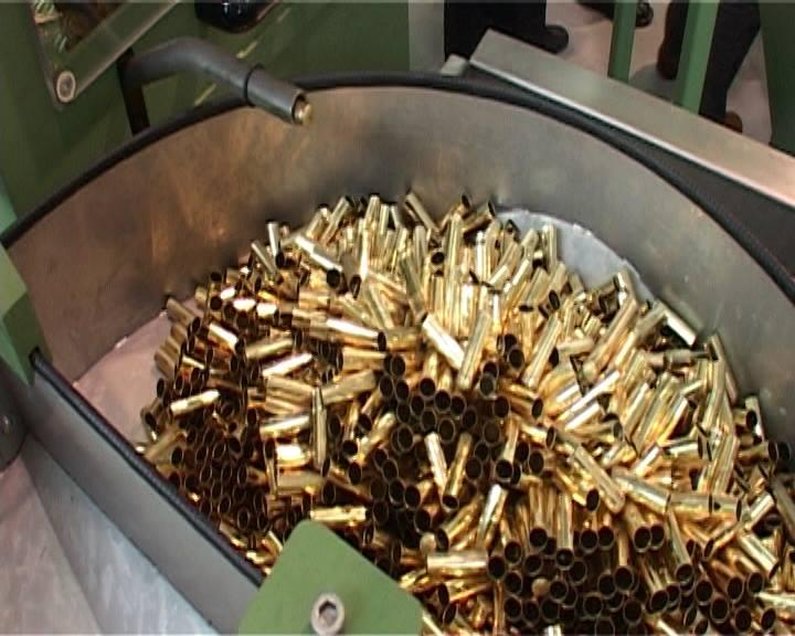 """U fabrici """"Belom"""" proizvodiće se municija kalibra 7,62 x 39 milimetara i 9x9 milimetara Foto--M. Vulović"""