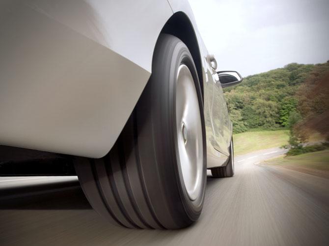 Zbog sigurnosti na putu pre polaska na odmor poželjno je kompletno proveriti automobil