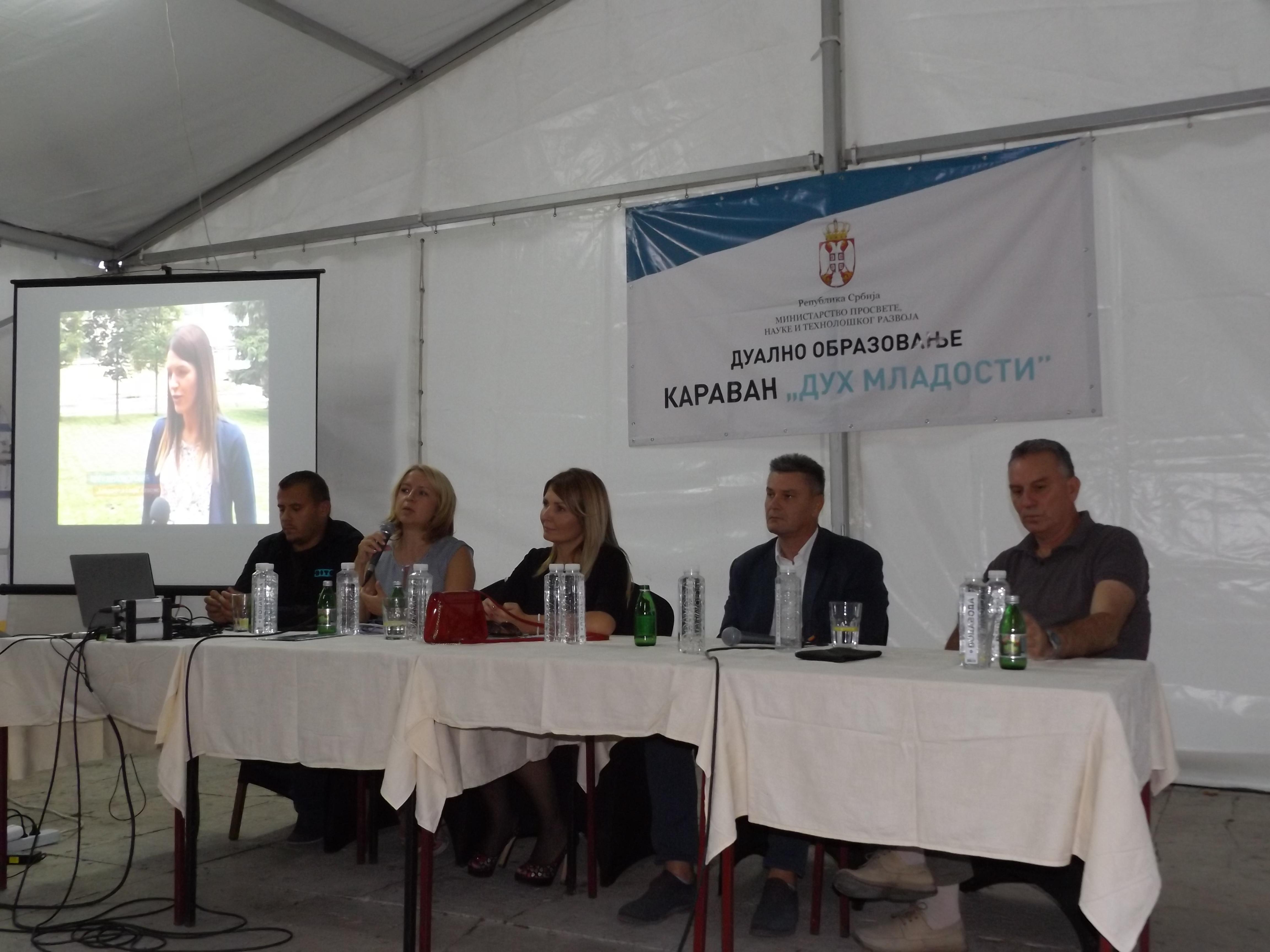 """U okviru Karavana """"Duh mladosti"""" u Užicu je održana i panel diskusija"""