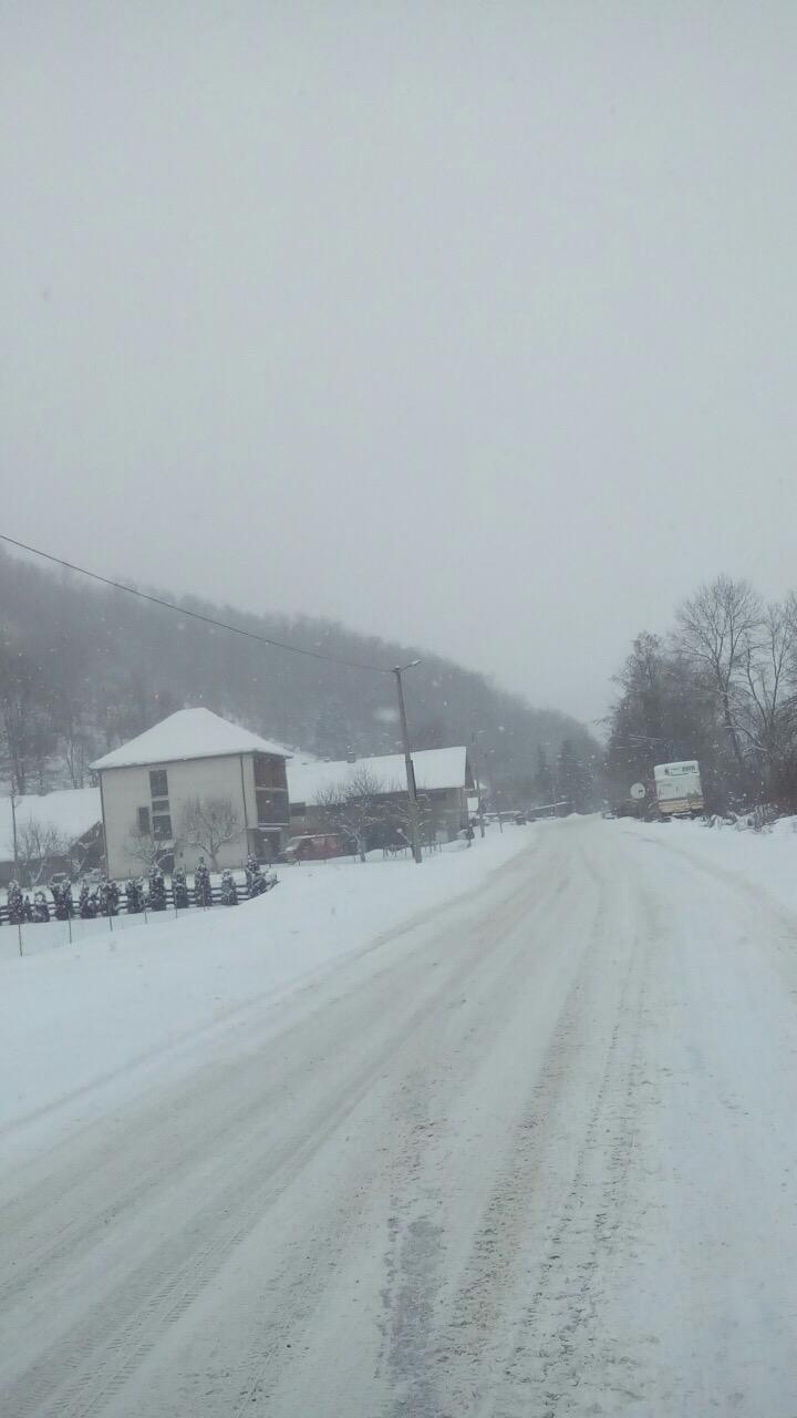snezni put kroz Volujac