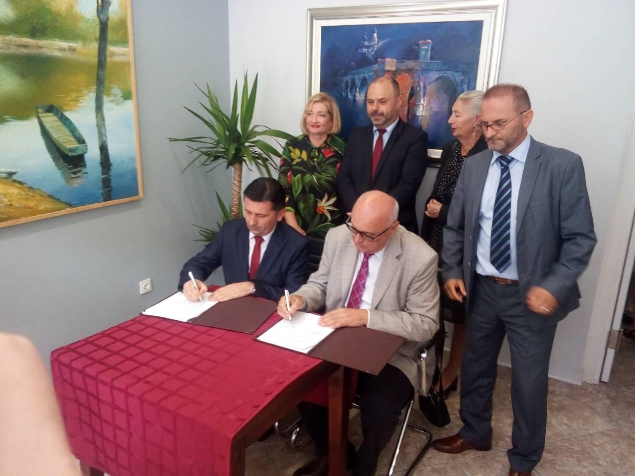 Potpisisvanje protokola